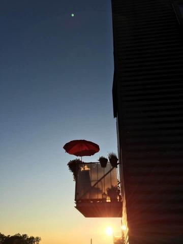 Når solen går ned over Morelhaven i Køge